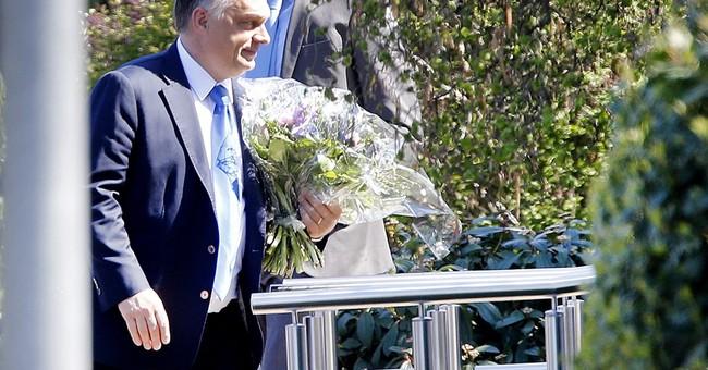 Hungary PM visits German ex-leader Kohl amid migrant crisis