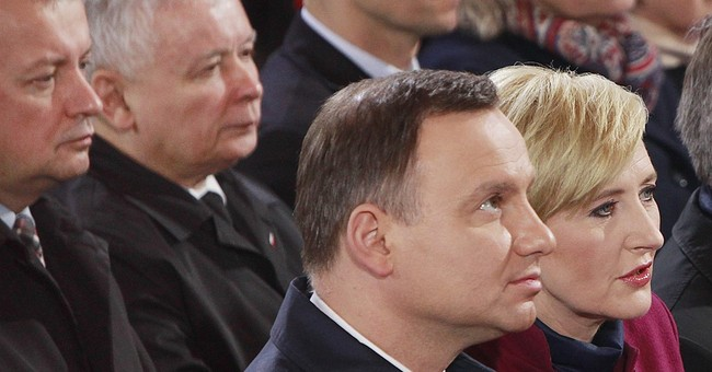 Snubs of president spark talk of rift in Polish ruling party