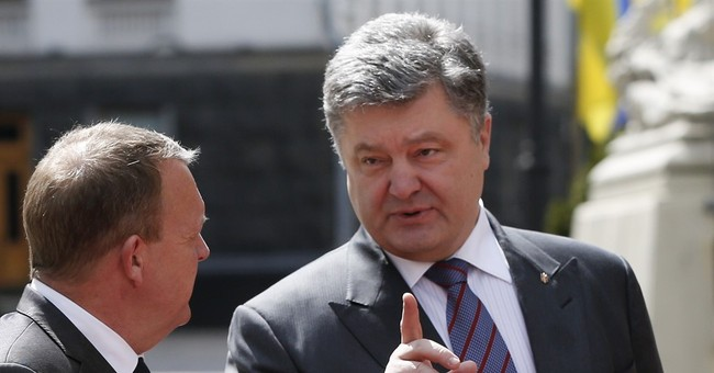 Ukraine, Russia reach deal to release pilot, Poroshenko says