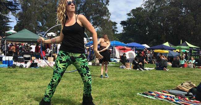 The Latest: Thousands puff for legal pot at 4/20 parties
