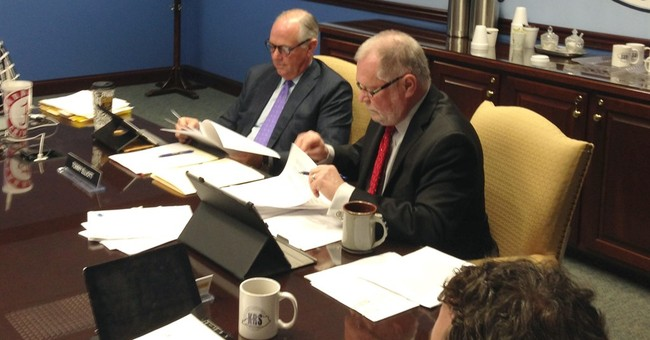 Kentucky Retirement Board chair defies governor's order