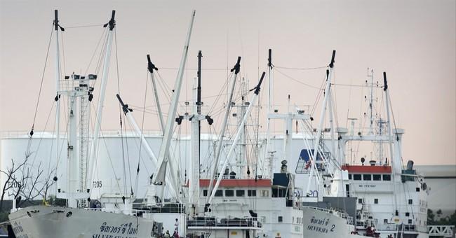 APNewsBreak: EU  keeps sanctions threat on Thai seafood