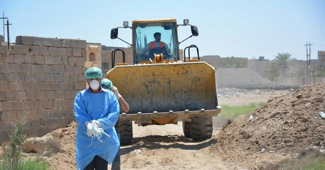 Iraq identifies 6 victims from mass graves in IS-free Ramadi
