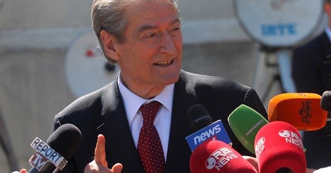 Ex-premier Sali Berisha calls on Albanians to get armed
