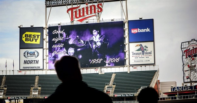 Prince and sports: Music in blood, basketball in his heart