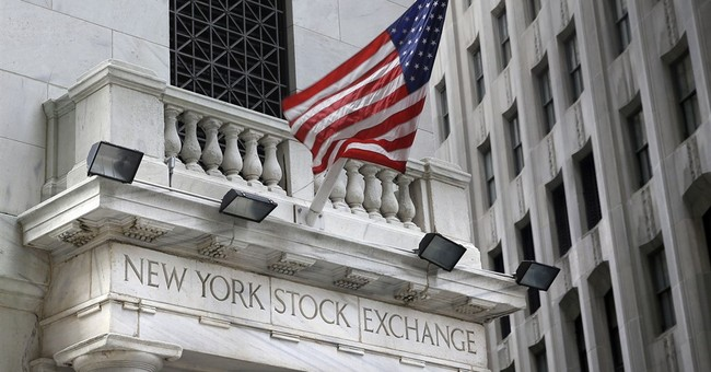 US stock indexes end mixed as investors size up earnings