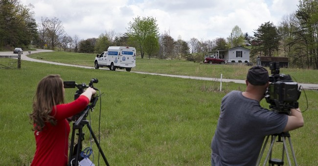At least 8 dead at 4 locations in Ohio; no arrests made