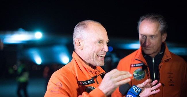 AP PHOTOS: Solar-powered plane finishes flight over Pacific
