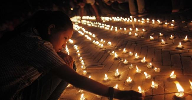 Nepal begins reconstruction of quake-damaged heritage sites