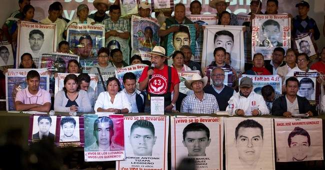 Parents of missing Mexican students slam government probe