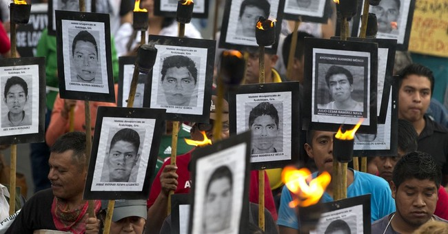 Missing students' parents demand Mexican prosecutor be fired