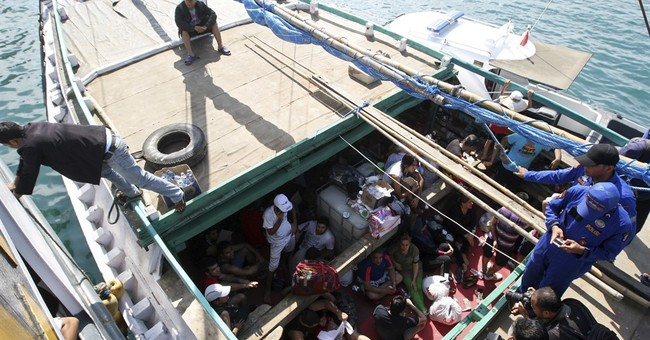 Papua New Guinea: Australian refugee detention camp illegal