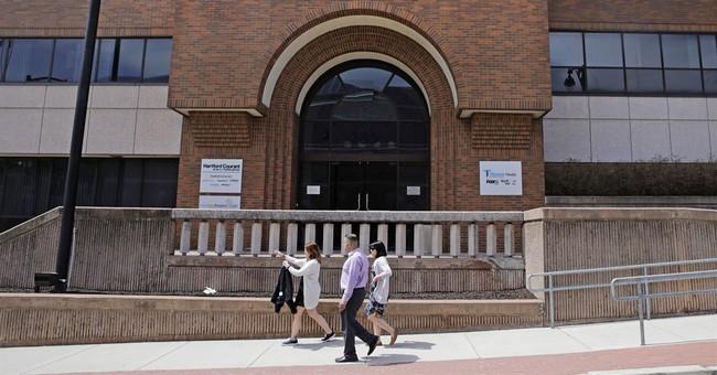 Tribune calls Gannett 'erratic,' but still reviewing deal