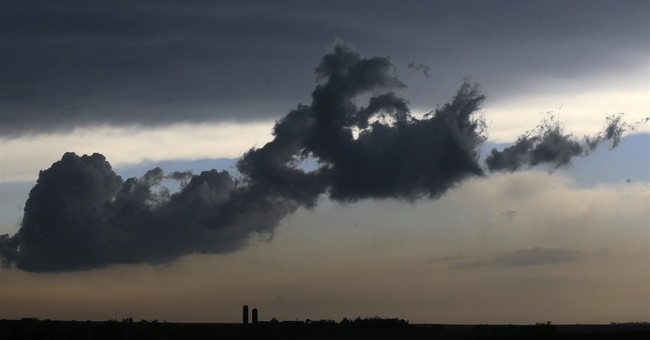 After fanfare, forecasters review talk of storm 'outbreak'