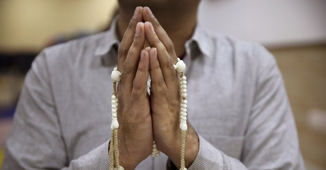Indians take to Buddhist chanting to alleviate urban stress