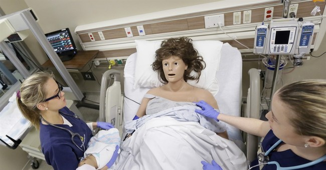 Michigan nursing school uses mannequins for medical lessons
