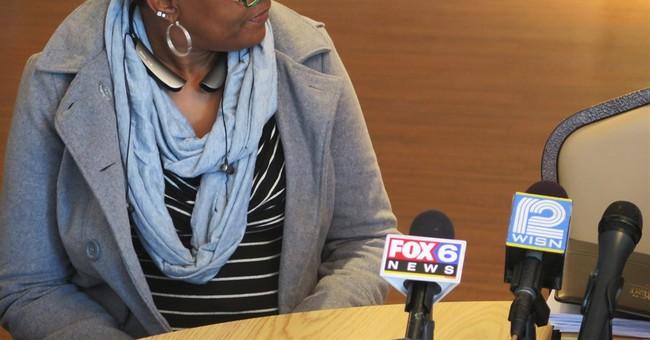 Dontre Hamilton's family sues city, police over 2014 death