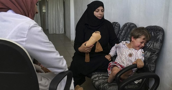 Artificial limbs offer Syrians new chances at life