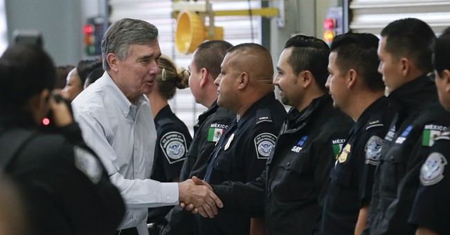 US border agents begin inspecting US-bound trucks in Mexico