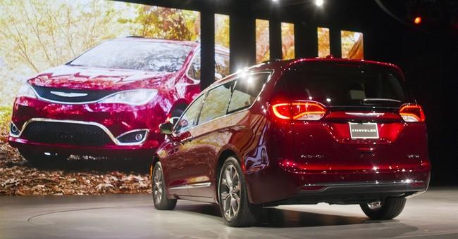 Auto Show: Some see sales slowdown; fuel economy quandary