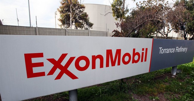 Exxon's 1Q profit plunges 63 percent on lower oil prices
