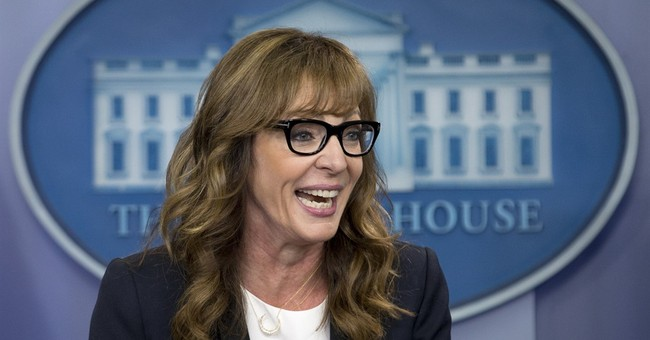 """Former star of """"The West Wing"""" greets White House reporters"""