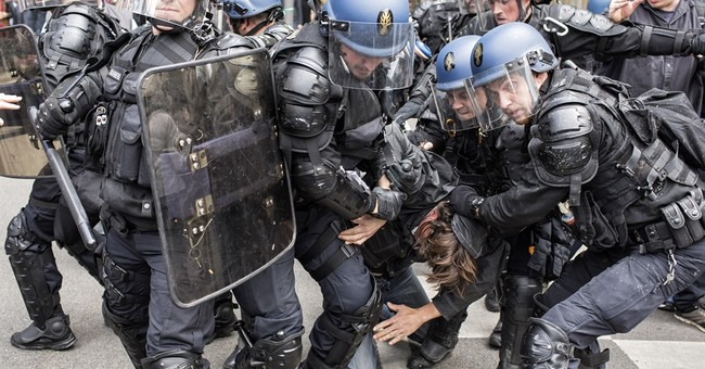 French politicians decry violence at Nuit Debout protest
