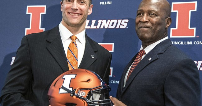 At Illinois, Smith breaks ground he's broken before