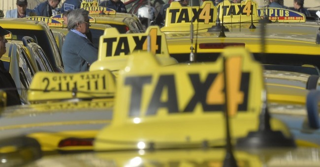 Hungary aiming to drive Uber ride-hailing app out of country
