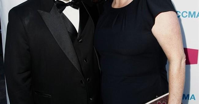Comedian Patton Oswalt remembers wife in touching essay