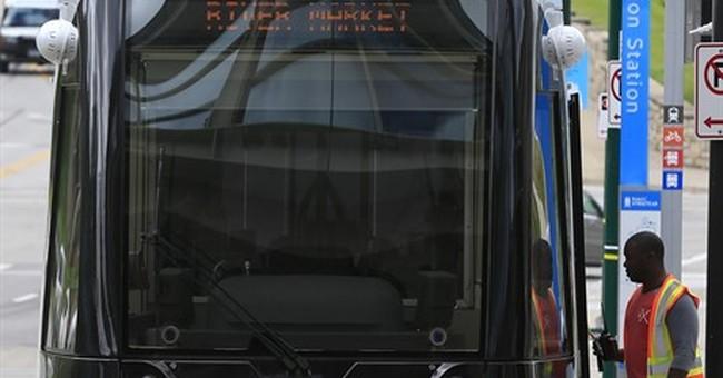 Kansas City streetcars making comeback after 6-decade hiatus