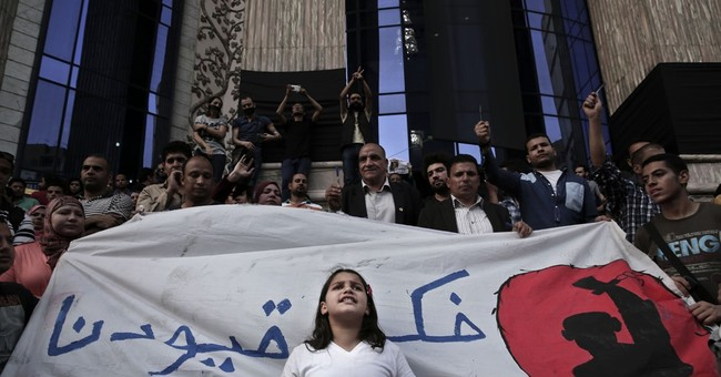Egypt rights lawyer arrested, another detained in Cairo