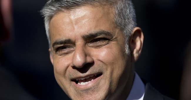 Bus driver's son Sadiq Khan becomes 1st Muslim London mayor