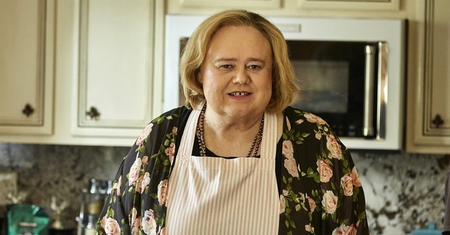 Louie Anderson pays tribute to his late mom with TV role