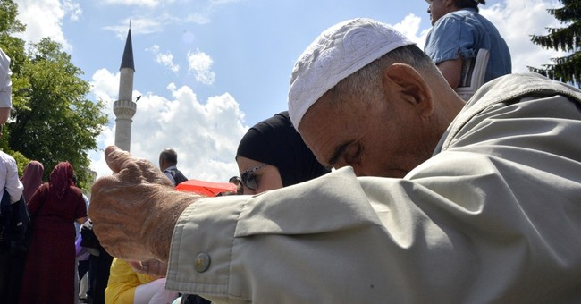 Bosnia's Muslims reopen mosque Serbs blew up during the war