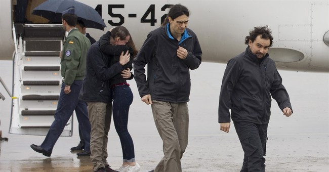 3 Spanish reporters home after 10 months captivity in Syria