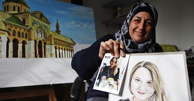 Syrian artist, war refugee draws portraits of Paris victims