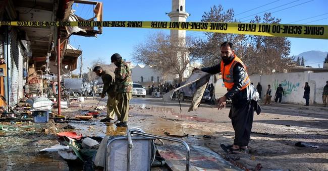 Suicide attack on Pakistan polio vaccination center kills 15
