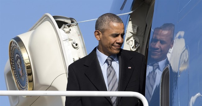 Obama greets Jordan's king as planes wait on tarmac
