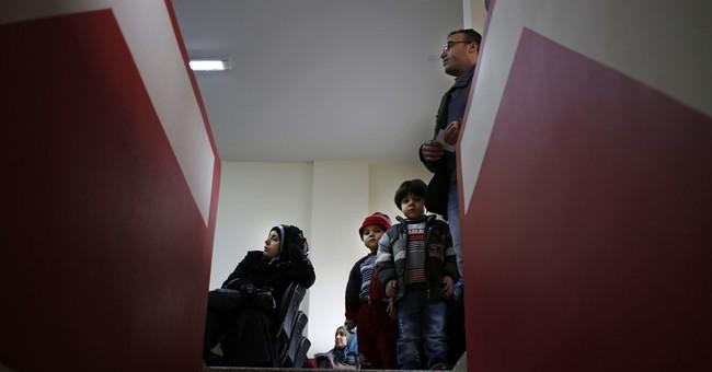Once accommodating neighbors now turn back Syrian refugees