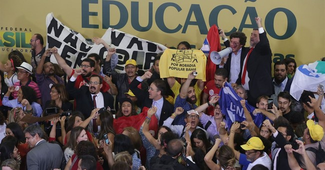 Effort to impeach Brazil's president thrown into chaos