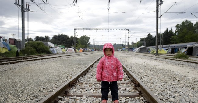 AP PHOTOS: In Greece, refugee families living life in limbo