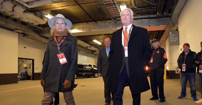 Browns owners pick up tab to refurbish high school fields