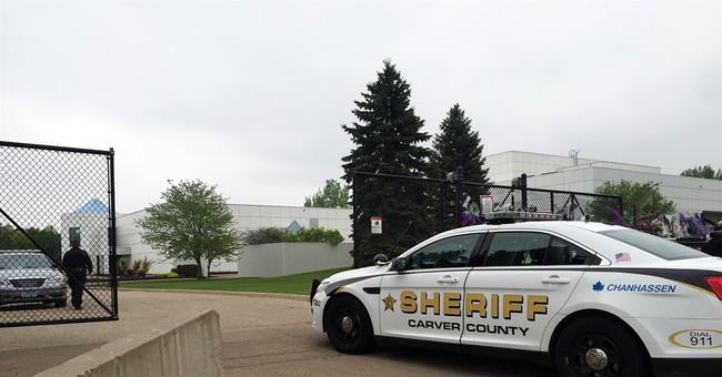 Warrant: Minnesota doctor saw Prince, prescribed drugs