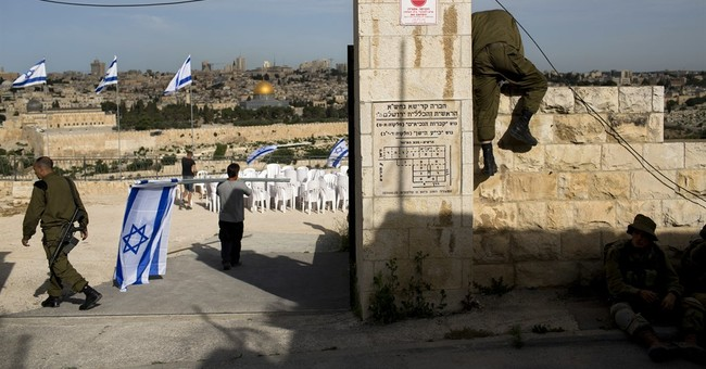 Israel honors fallen soldiers on annual Memorial Day
