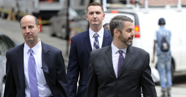 Arresting officer in Freddie Gray case chooses bench trial