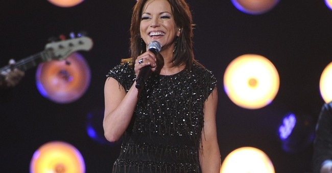 Review: Martina McBride shines on new album, 'Reckless'