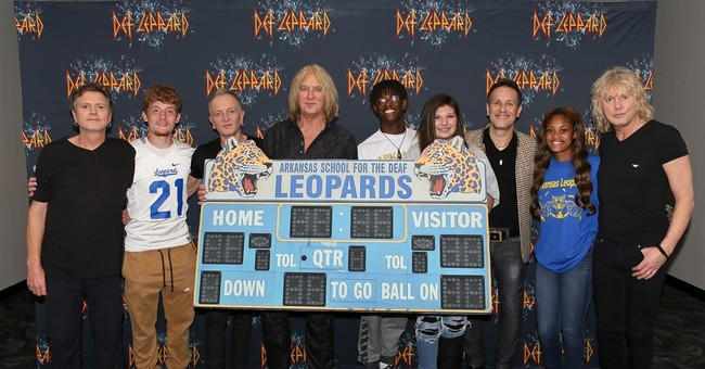 Def Leppard meets Arkansas School for the Deaf Leopards
