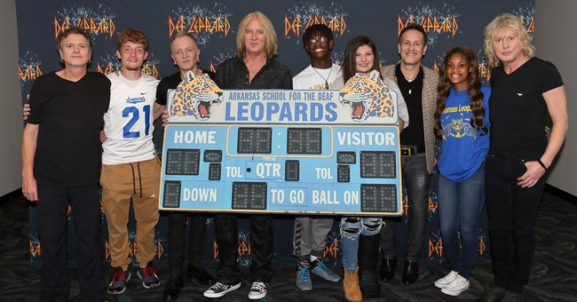 Def Leppard meets Arkansas School for the Deaf Leopards
