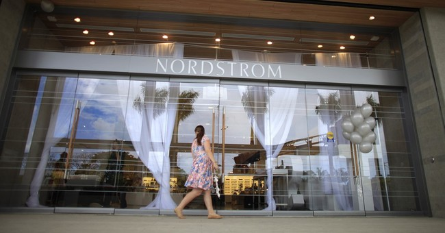 Nordstrom shares tumble on slashed annual outlook, weak 1Q